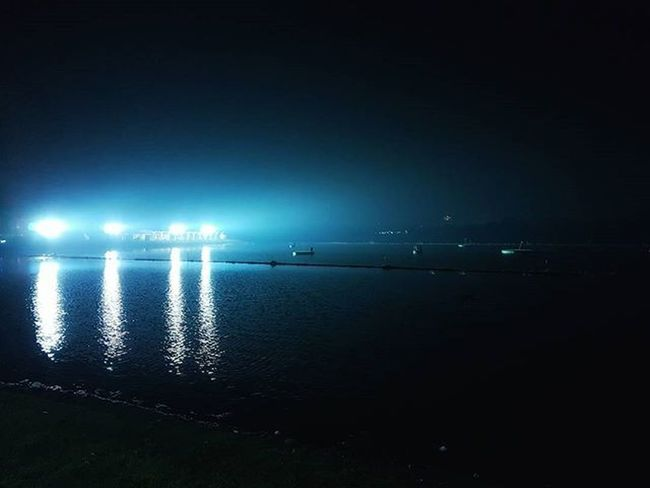Guess where Inya Inyalake Igersmyanmar Myanmar Burma Yangon Rangoon Lake Instagood Mobilephotography Mobilephoto GalaxyS7Edge Promode S7promode Light Lighting Travelgood Choose2create Vacationinstyle Yourworldgallery AOV Artofvisuals