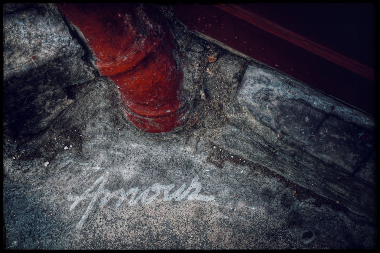 no people, ash, industry, indoors, close-up, day