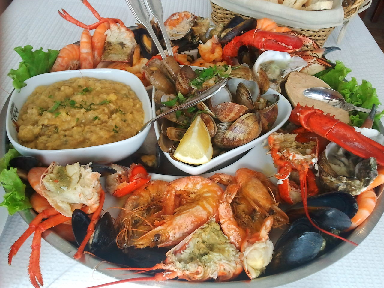 Foodporn Food Food Porn Foodphotography Seafoods Seafoodporn Marisco Marisqueira Crab Mariscada Foodgasm Portuguesefood Abundance Food And Drink Readytoeat Eating Eating Lunch