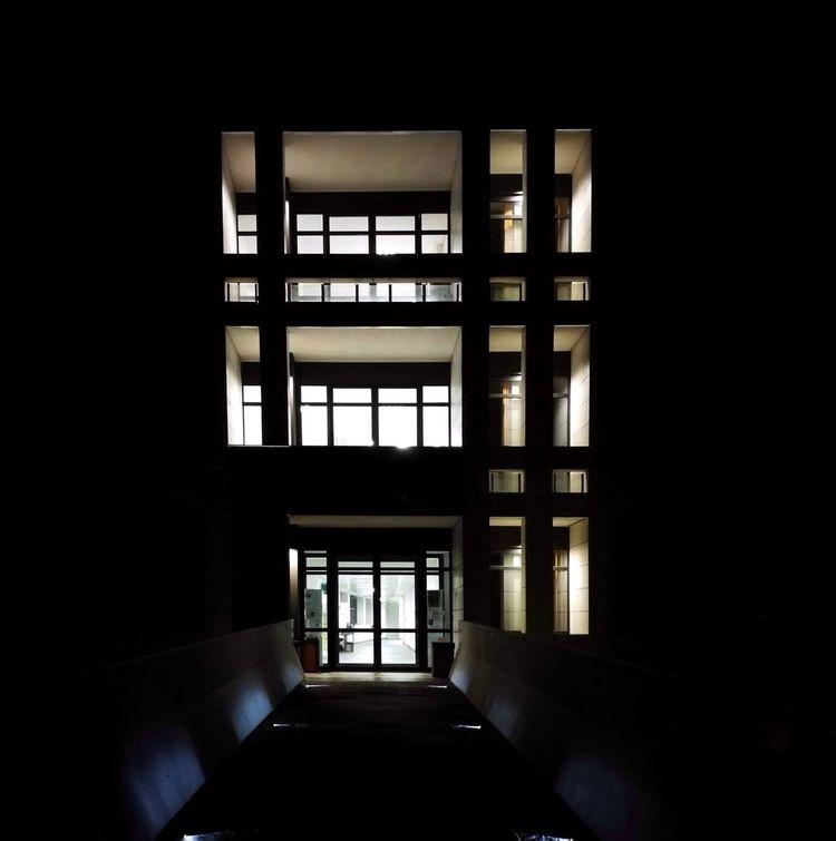 Window Architecture Built Structure Light And Shadow Luci E Ombre University Bibliotheque Biblioteca Università  L'Aquila Luoghi