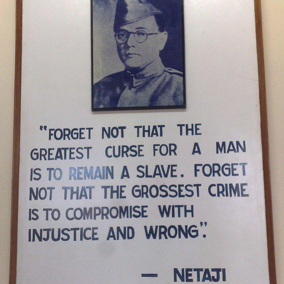 महान स्वतंत्रता सेनानी श्री SubhasChandraBose जी की 117 वीं जयंती पर शत्-शत् नमन्। Netaji