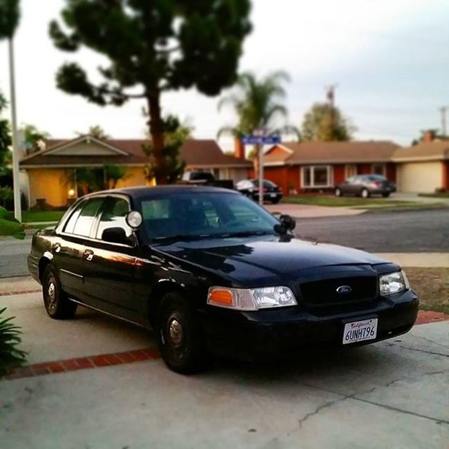 Look at my sweet Crown Vic... Crownvicpoliceinterceptor GiddyUp Youhavetherighttoremainawesome