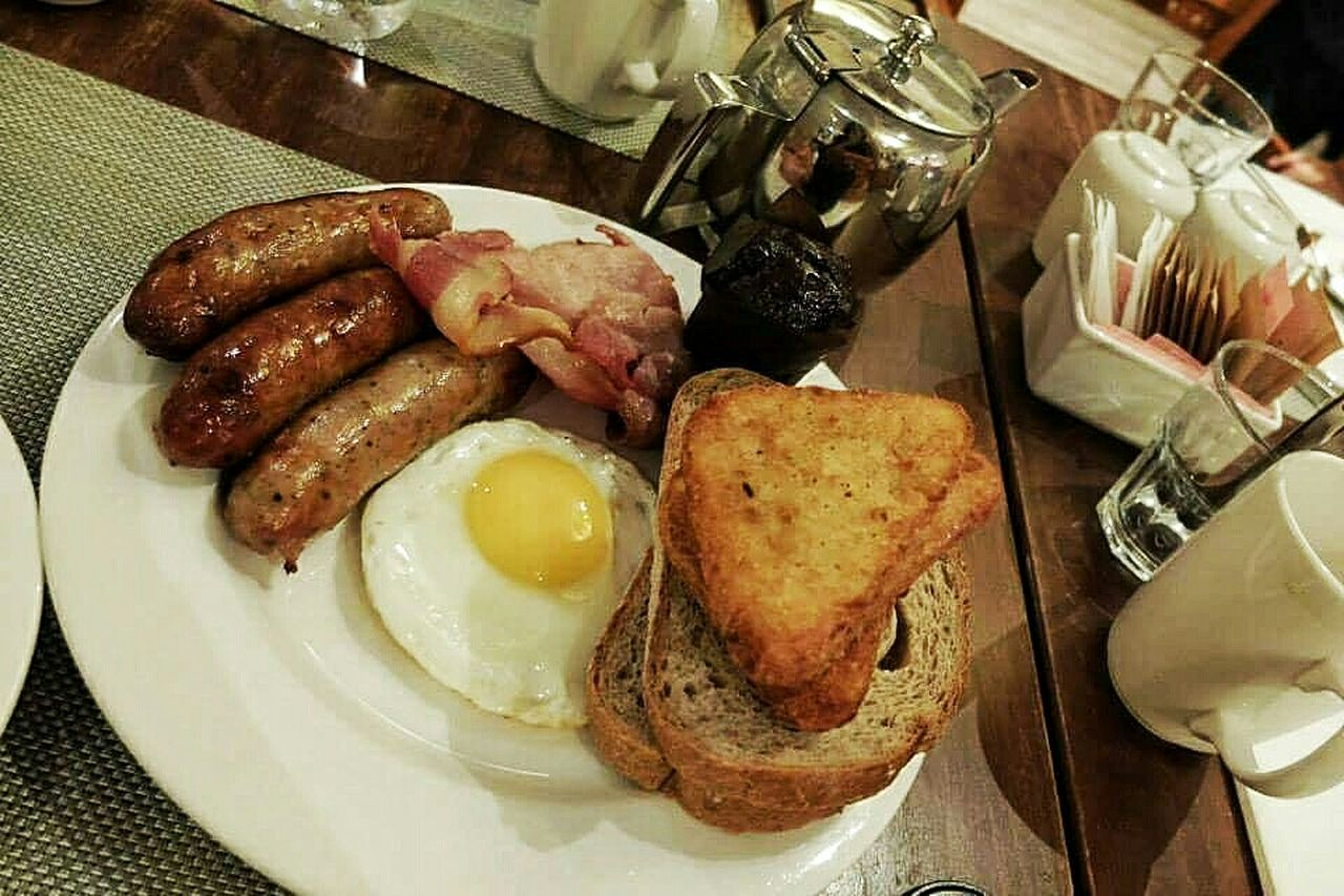 Last breakfast on England Food Porn Awards Breakfast Food Photography Morning Rituals Sausage And Bacon London England