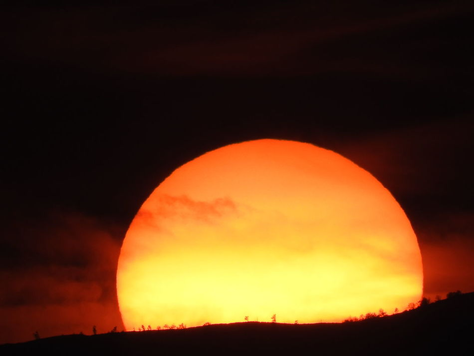 Sunset Moon Eclipse Orange Color Night Astronomy Outdoors Nature Sky Beauty In Nature No People Lanai Mauiphotography Close Up Sun