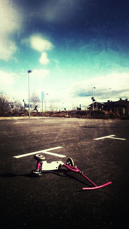 Gemla is no place for children. Gemla Ghost Town