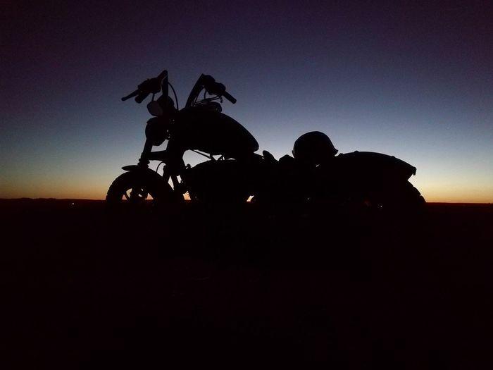 Silhouette Sunset Lifestyles Men Harley 883