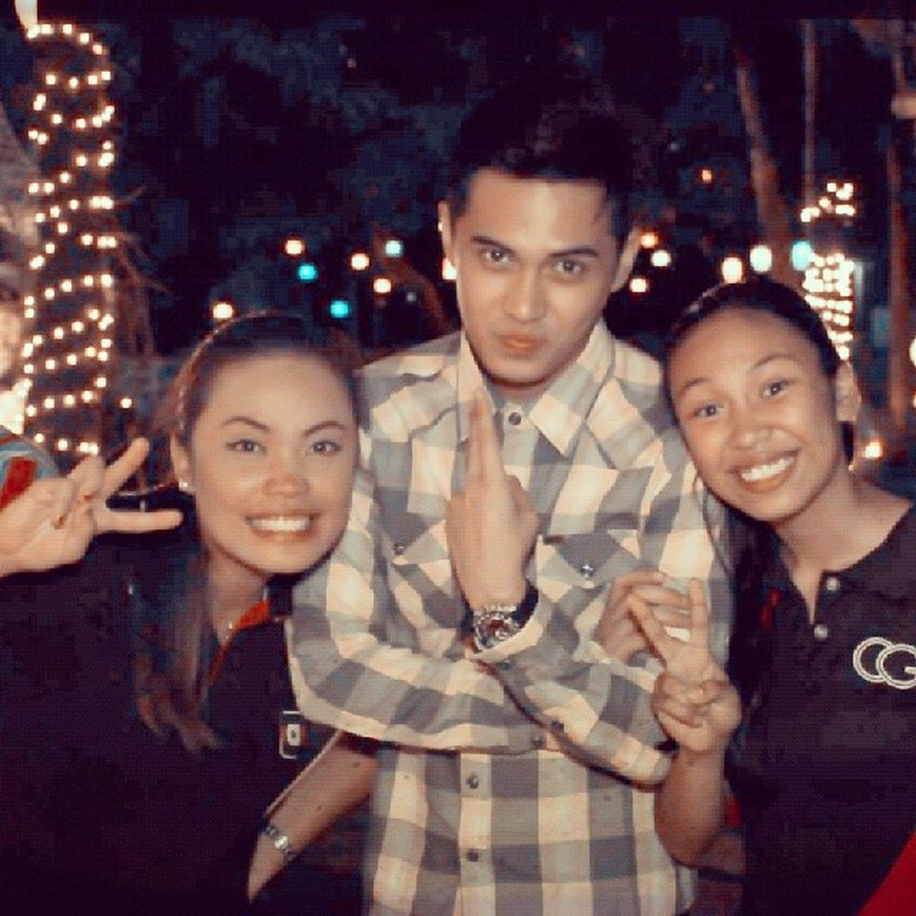Eh ang pogi..pic with besfie and boyfie,.hahaha! LOL! Marlomortel Debut  Coverage With celeb