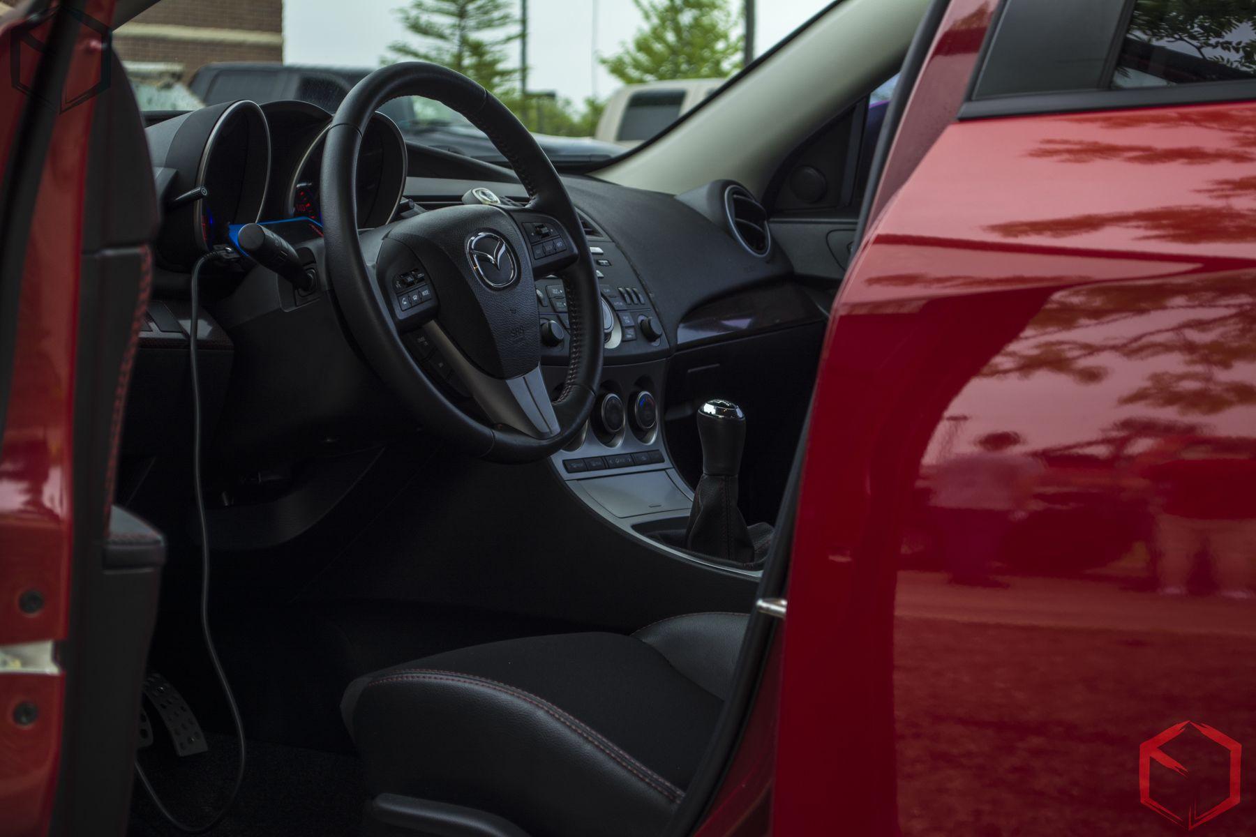 Grafixbytj Mazda Mazda 3 South Elgin Car