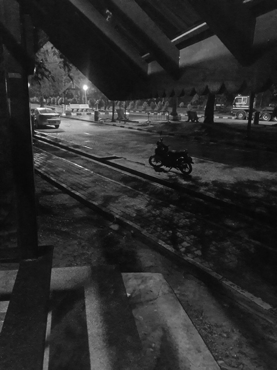 Wed June 22nd, 2016. Last ride? Utm to kl. 24hours 3 times. Bye UTM. Lonely Wanderer Ontheroad Yamahalc135 Silhouette Monochrome Blackandwhite From My Point Of View Light Night Onelasttime Rainy Day