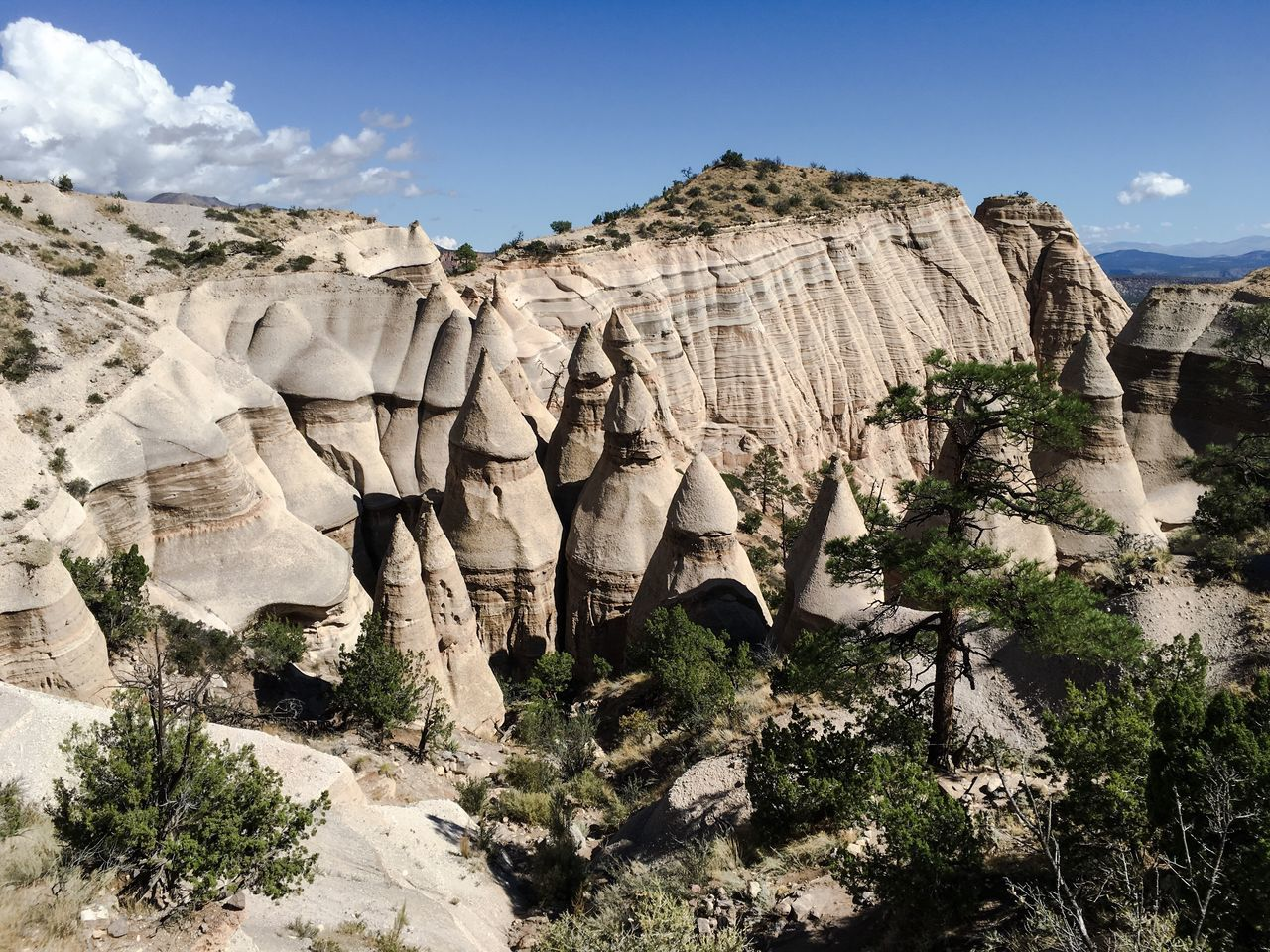 Sky Geology Rock Formation Cliff Physical Geography Nature National Park Extreme Terrain Outdoors Beauty In Nature Eroded Day Cloud - Sky Famous Place Rock Rocky Canyon Arid Climate Rocky Mountains Remote Kasha-Katuwe Tent Rocks National Monument Tourism USA Sandstone Miles Away