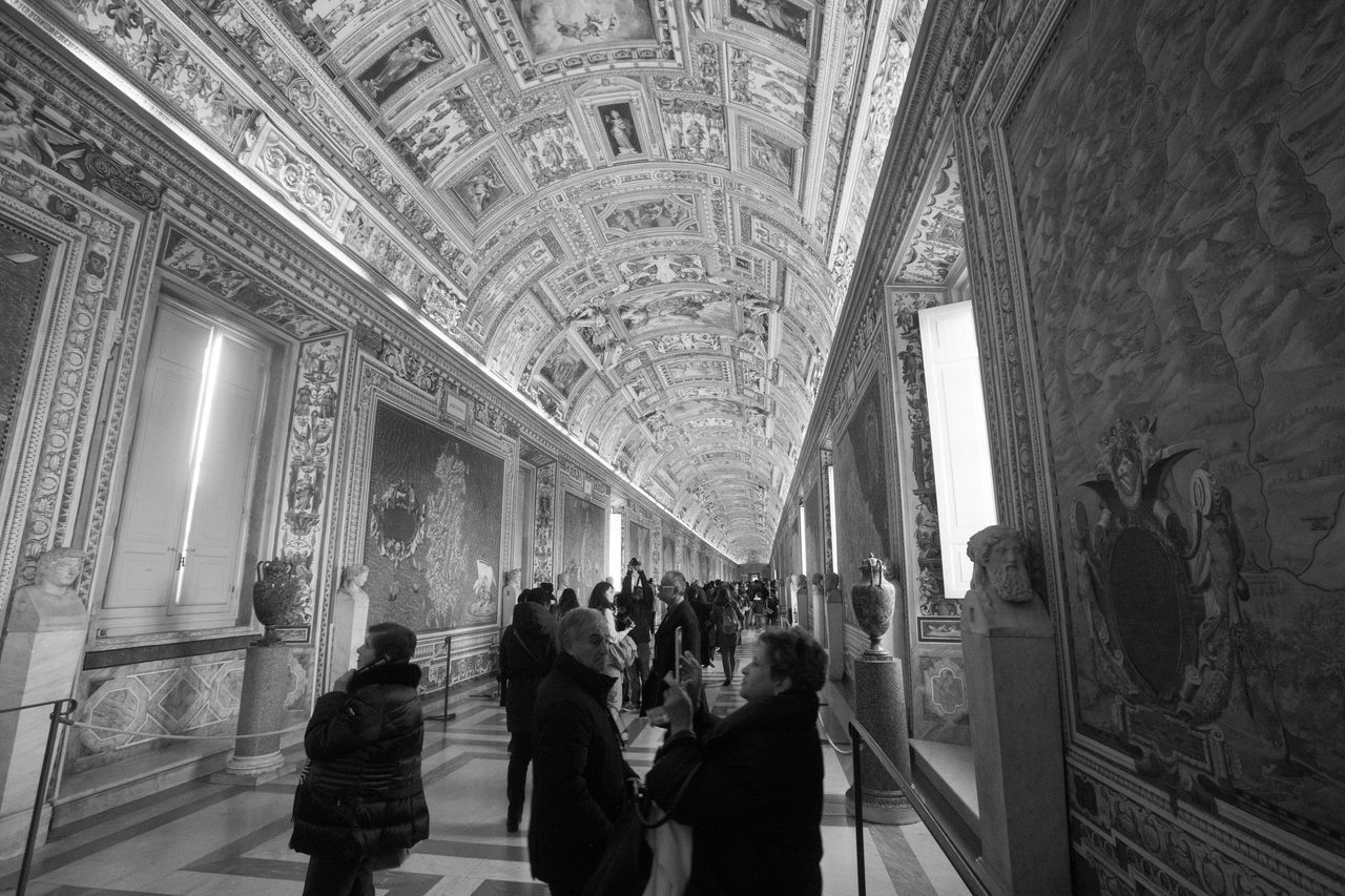 Architecture Black And White Blackandwhite Built Structure City Day Fresco Fresco Paintings Frescoes Hallway Indoors  Large Group Of People Lifestyles Men People Place Of Worship Real People Rome Rome Italy Tourism Tourist Travel Travel Destinations Vatican VaticanCity