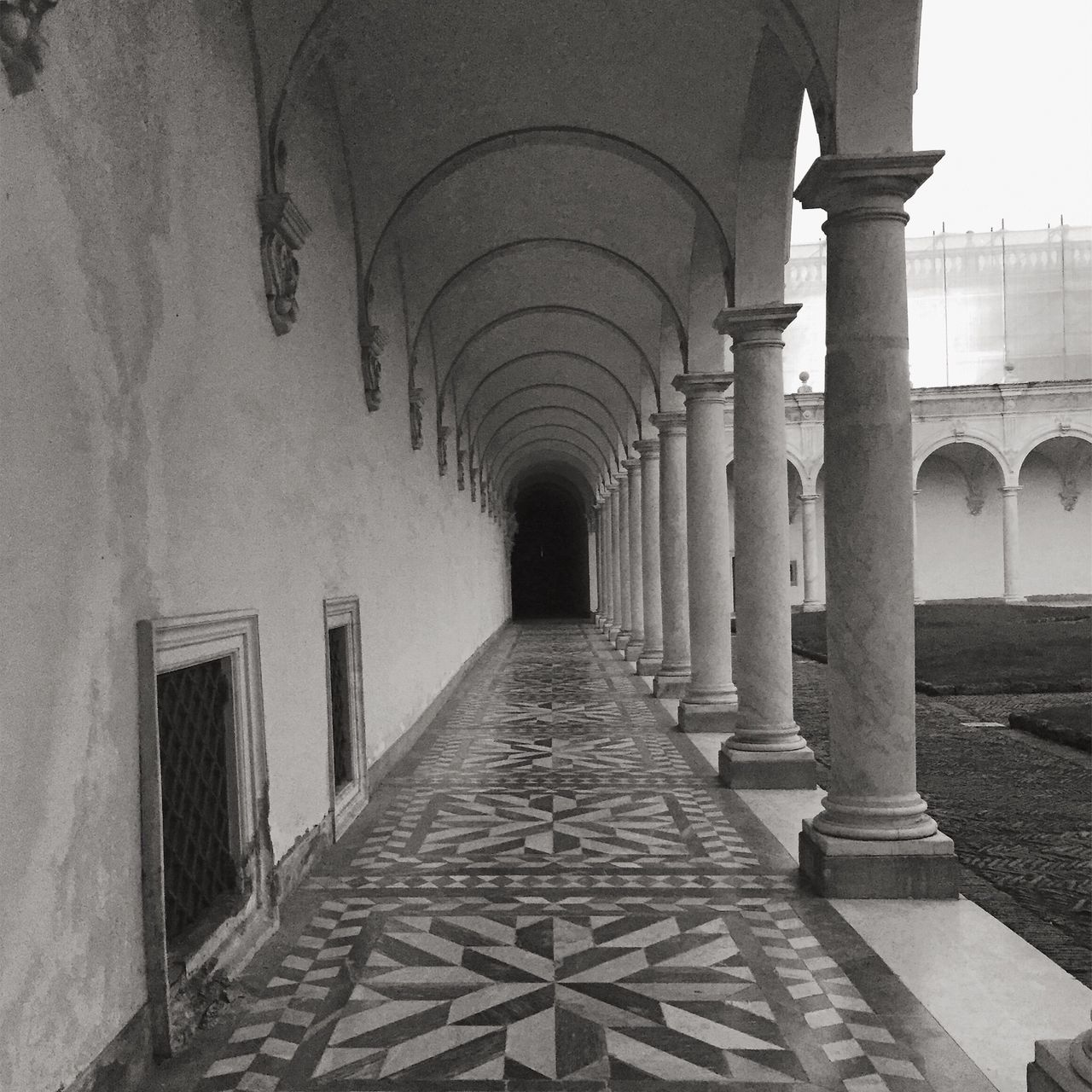 architecture, architectural column, arch, corridor, built structure, history, the way forward, indoors, day, no people