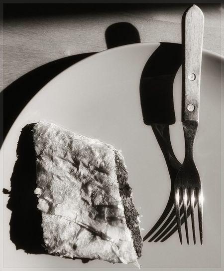 Bevor Dessert Black And White Dessert Dessert Time! Dinner Time Dishes Enjoying A Meal Ligth And Shadows Shadows & Lights Table Bird Eyes View