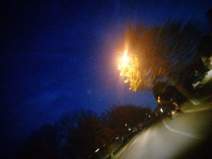 Showing Imperfection SWERVE  Blurry Howifeelsometimes Lostlove Cerulean Streetlights