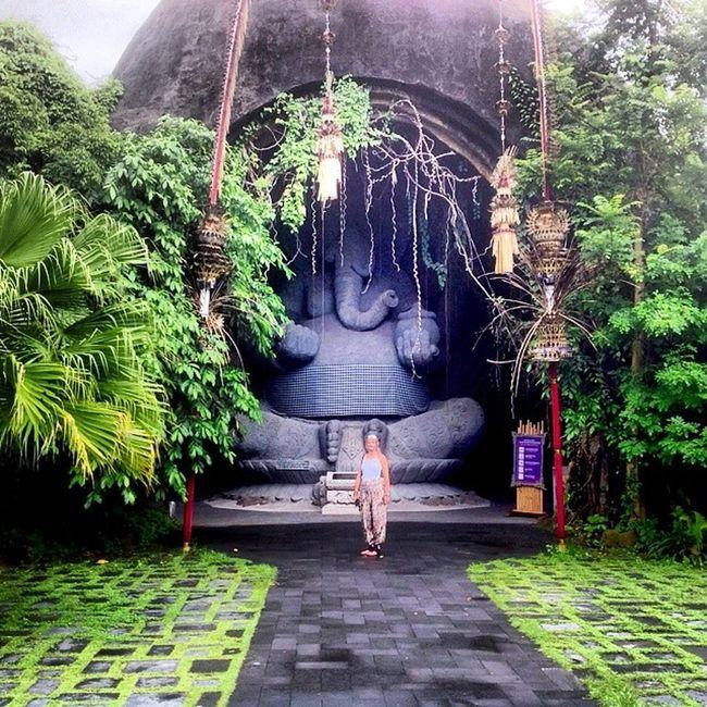 Ganesha Me Balisafaripark Gianyar badung balisafariandmarinepark balisafari ganesh hindu shiva god hinduism ganapati bali kuta denpasar indonesia semarang instadonesia instagood spiritual namaste statue elephant 2014 wisdom urbanoutfitters melissaryan biggeststatue indonesia_photography