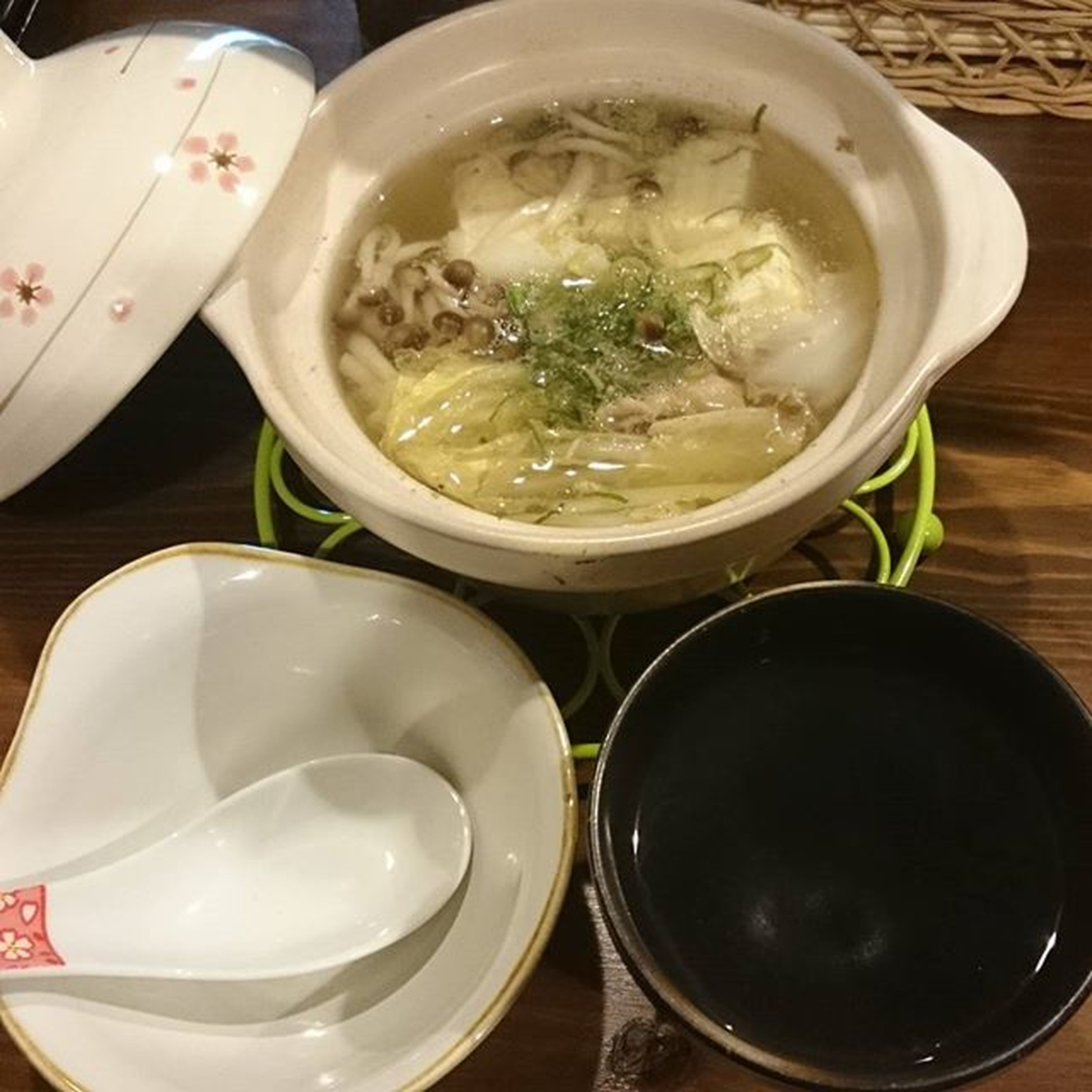 湯豆腐と芋湯 湯豆腐で〆める