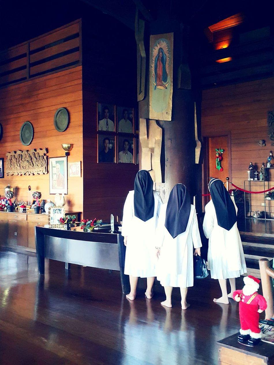 Beautiful stock photos of santa claus, Christianity, House, Human Representation, Indoors