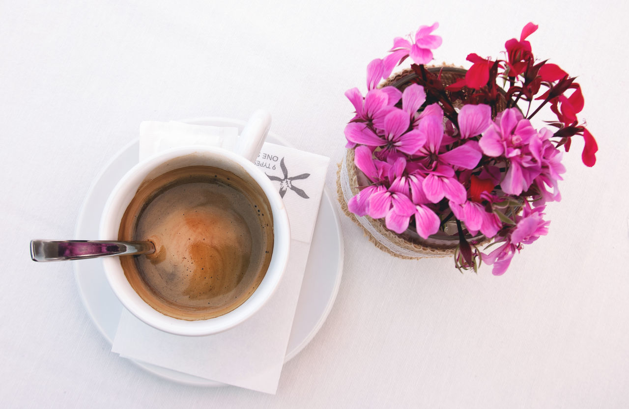 Coffee Close-up Coffee - Drink Coffee Cup Cup Directly Above Drink Flatlay Flower Food And Drink Freshness Frothy Drink Indoors  Nature No People Refreshment Saucer Table White Background