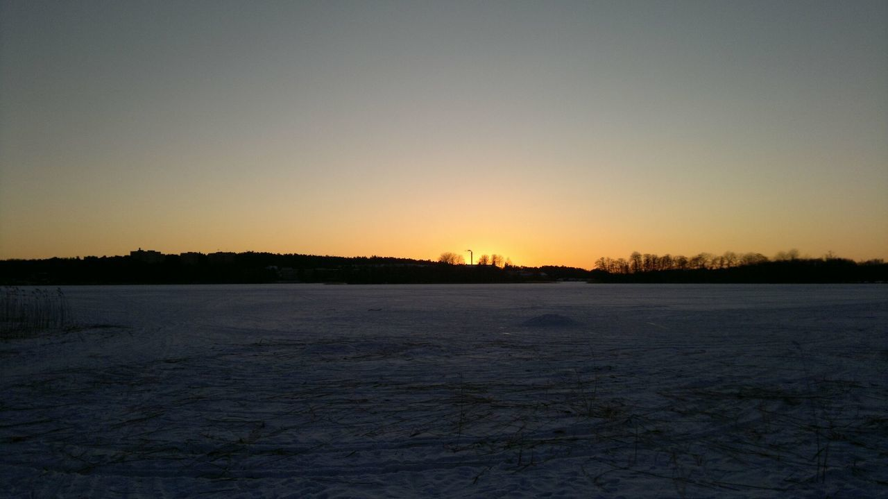winter, cold temperature, snow, nature, tranquility, sunset, frozen, scenics, weather, tranquil scene, beauty in nature, clear sky, ice, outdoors, no people, landscape, sky, tree, day