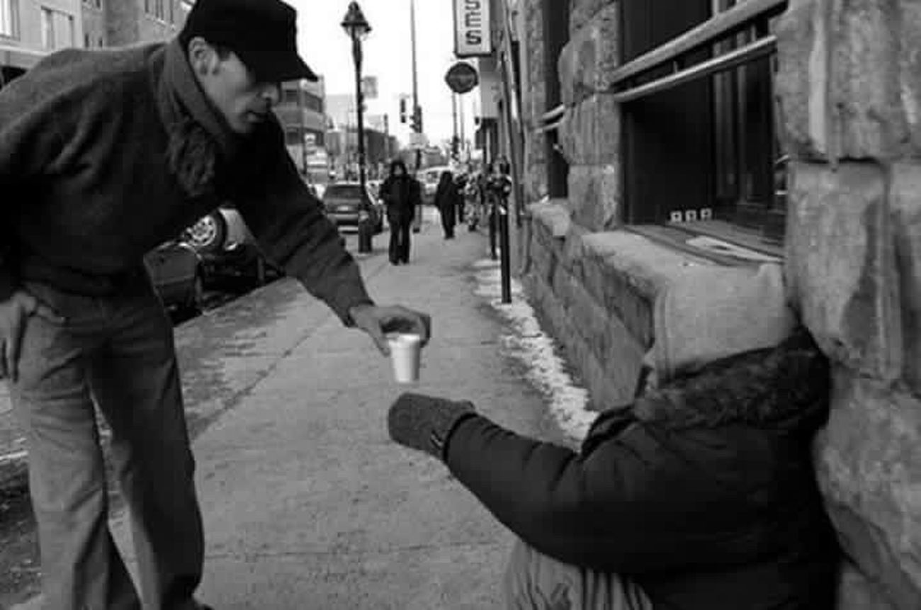 Pictureoftheday Helping Hand Helping Helping Others ❤