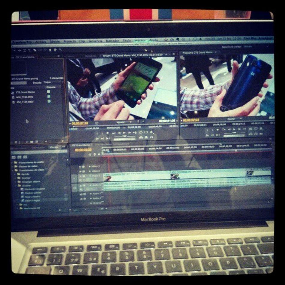 Editando vídeos en pleno Mwc2013 .