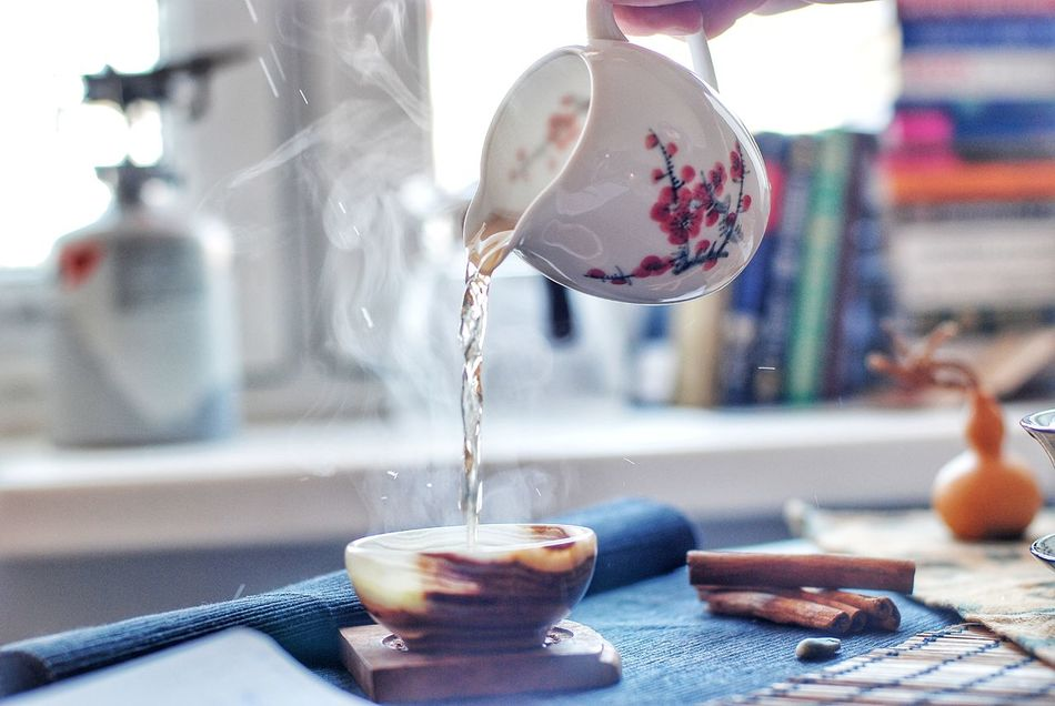 Focus On Foreground Motion Close-up Day One Person Indoors  Water People Tea Tea Time Time Drink Teapot Tea Cup Samara Чай Самара чайнаяцеремония Tea - Hot Drink EyeEmNewHere