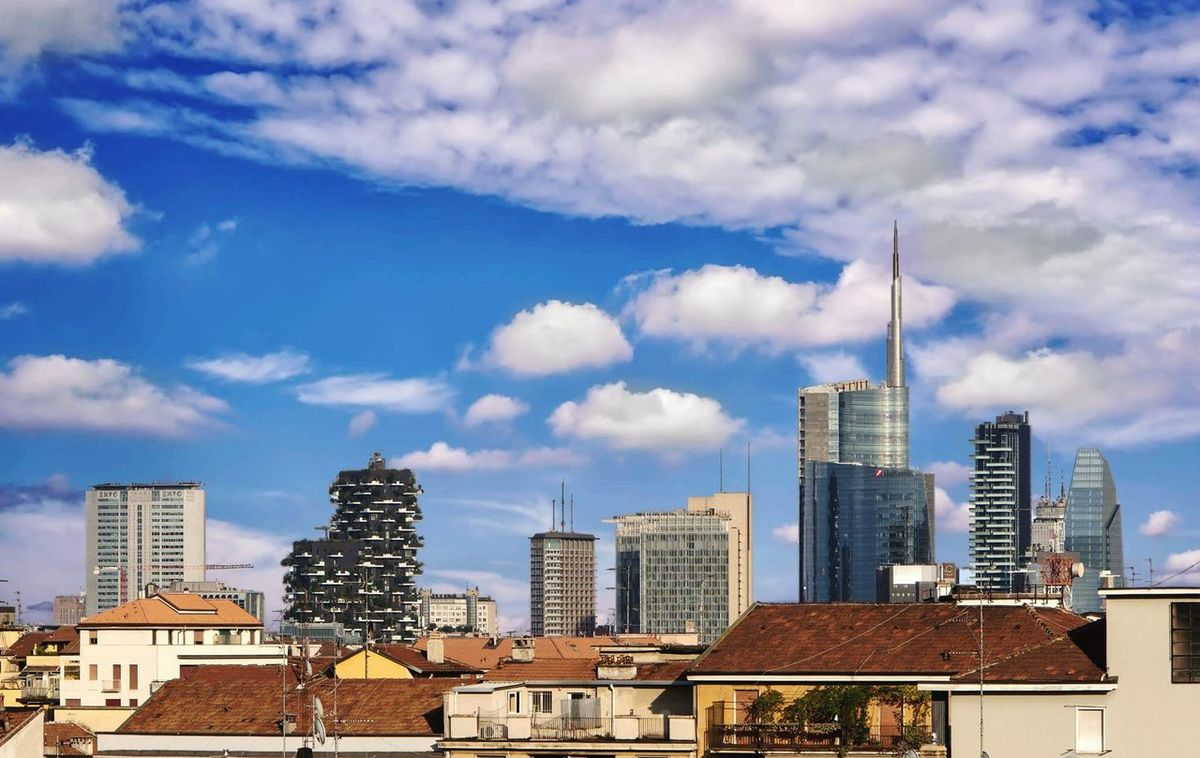 Milano skyline City Skyscraper Urban Skyline Architecture Modern Cloud - Sky Cityscape Sky Business Finance And Industry Downtown District Travel Destinations Office Building Exterior Outdoors No People Day Unicredit Tower Bosco Verticale Grattacieli Milanocity Milano Milan,Italy Building Exterior Architecture Night Built Structure