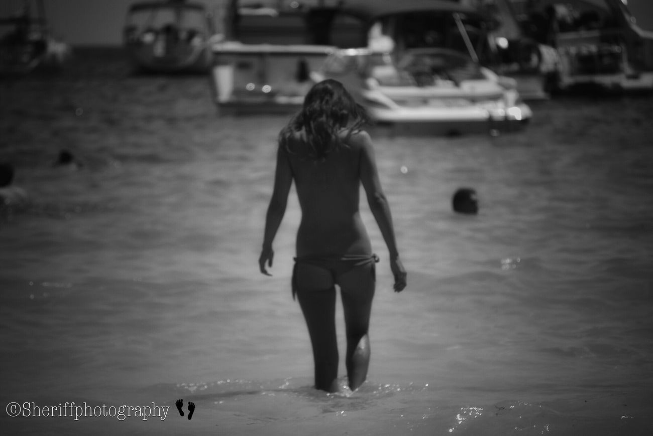 Shillouette The Amazing Human Body Young Women My Bw Obsession My Unique Style My BW Obession EyeEm Best Shots - Black + White Females Tadaa Community BW Collection Female Beautiful Woman Adult Femenine Young Adult Female Community Female Model Lifeisabeach Leisure Activity Feminine  Adult Beach Femalephotographerofthemonth One Person