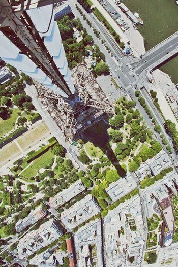 Really Really Crazy I Love Paris! Adrenaline Pure Up In The Air Ooh My Dior!!! Beautifulcity Lovethispicture Loveeeeeeeeee💜 Sweet Dreams ❤