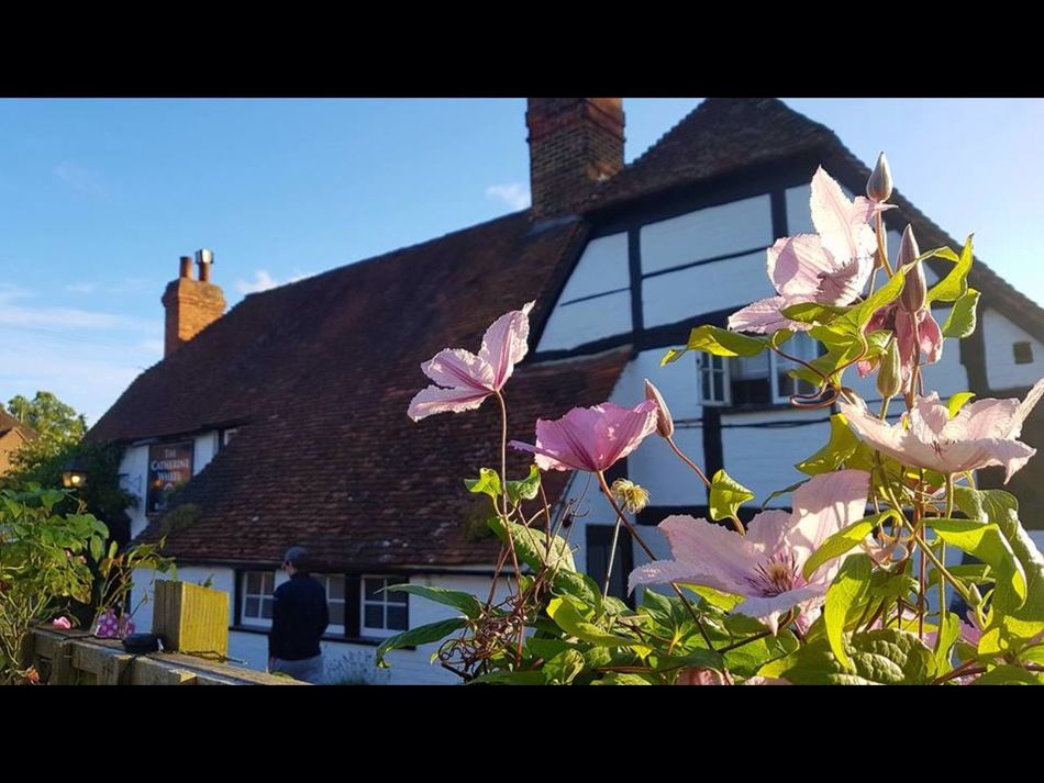 English pub English Pub Summertime Engls Pub ish Pub on a summers day