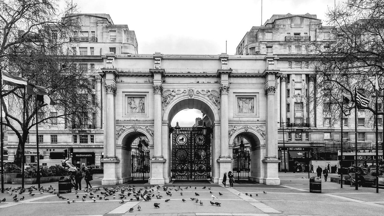 Marble Arch Marblearch Cityscape United Kingdom England, UK England 🇬🇧 London Capture The Moment Capturing The Moment Captured Moment Outdoors Travel Destinations Hydeparklondon Hydepark Hyde Park, London Triumphal Arch Square
