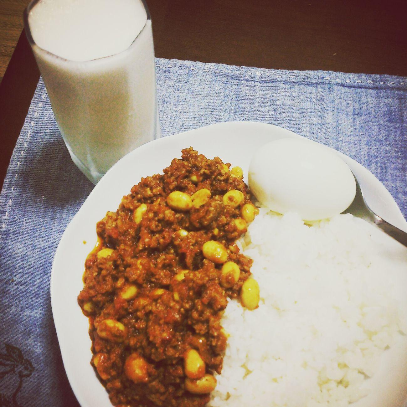 たっぷりスパイスで疲れも吹き飛ばせー!! Curry Enjoying Life Enjoying A Meal Spice カレー スパイスいっぱいカレー ラッシー 挽肉のカレー キーマカレー