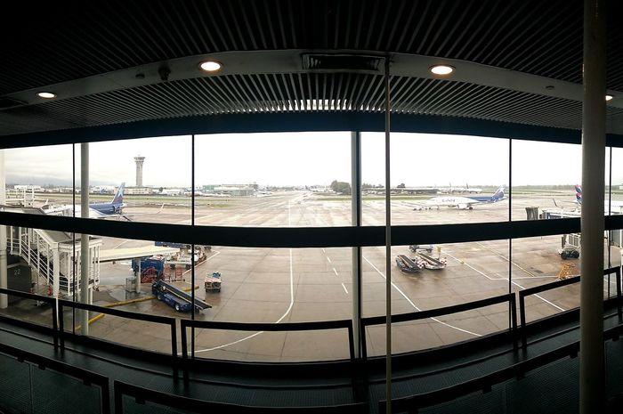 Aeropuerto Internacional Arturo Merino Benítez 😁