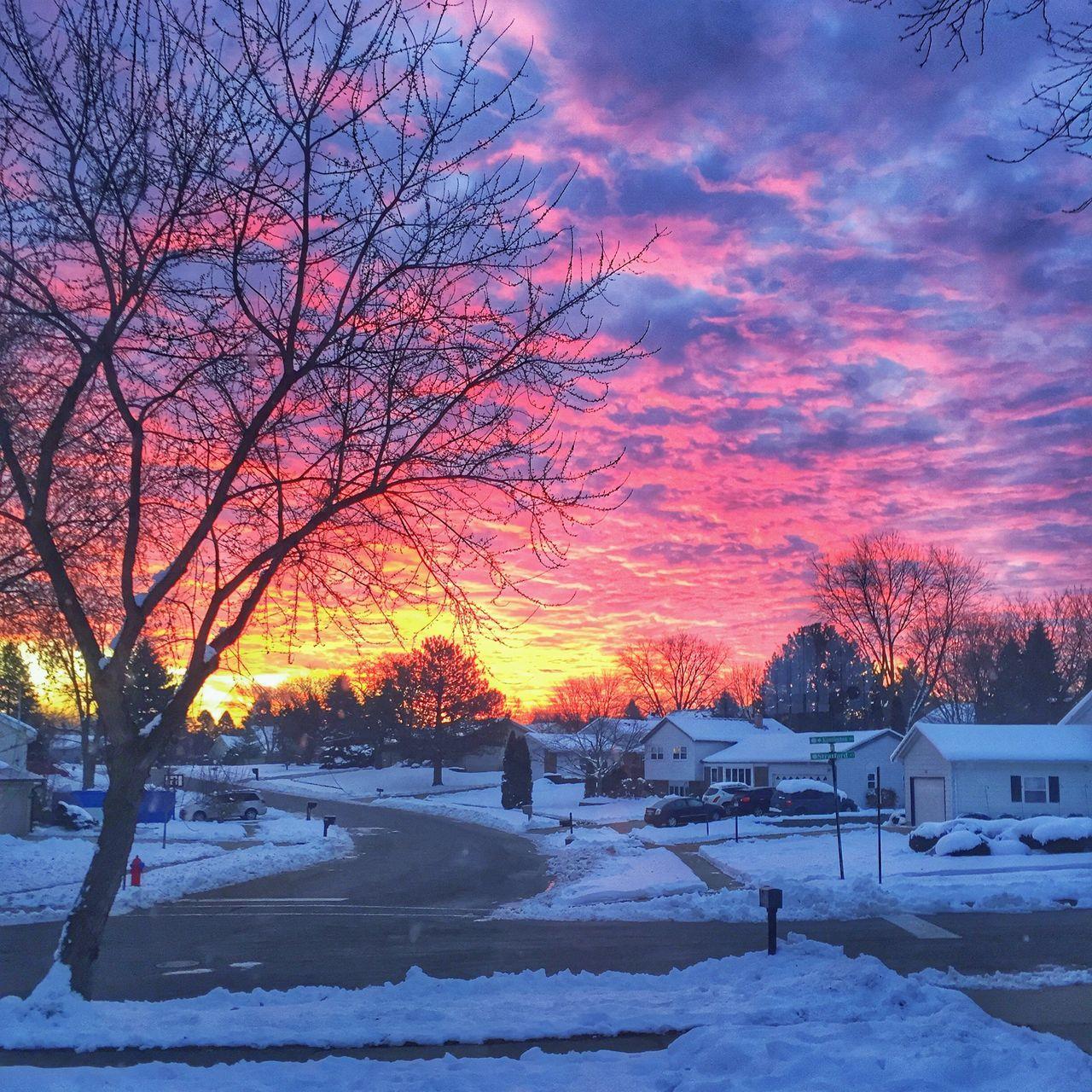 Good morning world Hello World Sunrise Sunrise_sunsets_aroundworld Illinois McHenry County Streetphotography Morning Sky Outmywindow