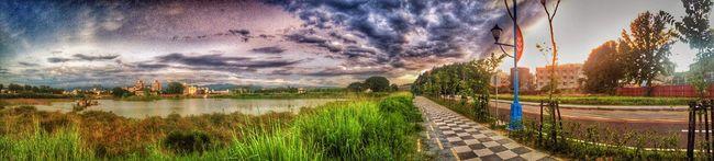 全景,後製 Sky Cloud Clouds And Sky Hello World Taking Photos Enjoying Life Relaxing EyeEm Traveling Taking Photos Nature EyeEm Best Shots Lake Enjoying The Sun People Watching Taichung City