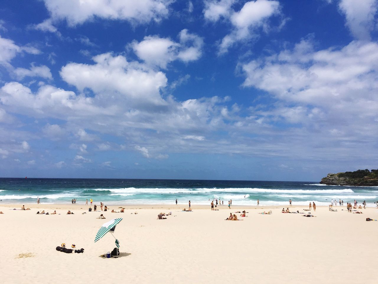 Bondi Beach🏄 Sea Beach Horizon Over Water Sky Water Sand Nature Scenics Beauty In Nature Cloud - Sky Idyllic Outdoors Tranquility Tranquil Scene Day Bondi Bondi Beach Sydney Australia Beachphotography