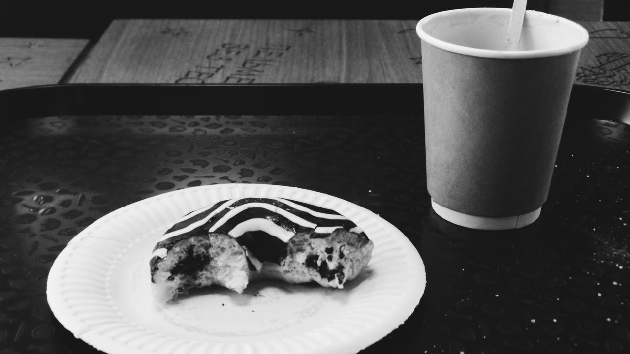 Black & White Chocolate Donats Food Hot Lifedty