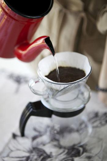 Close-up Coffee Coffee - Drink Coffee Cup Drip Coffee Dripping Hand Drip Coffee Refreshment Selective Focus