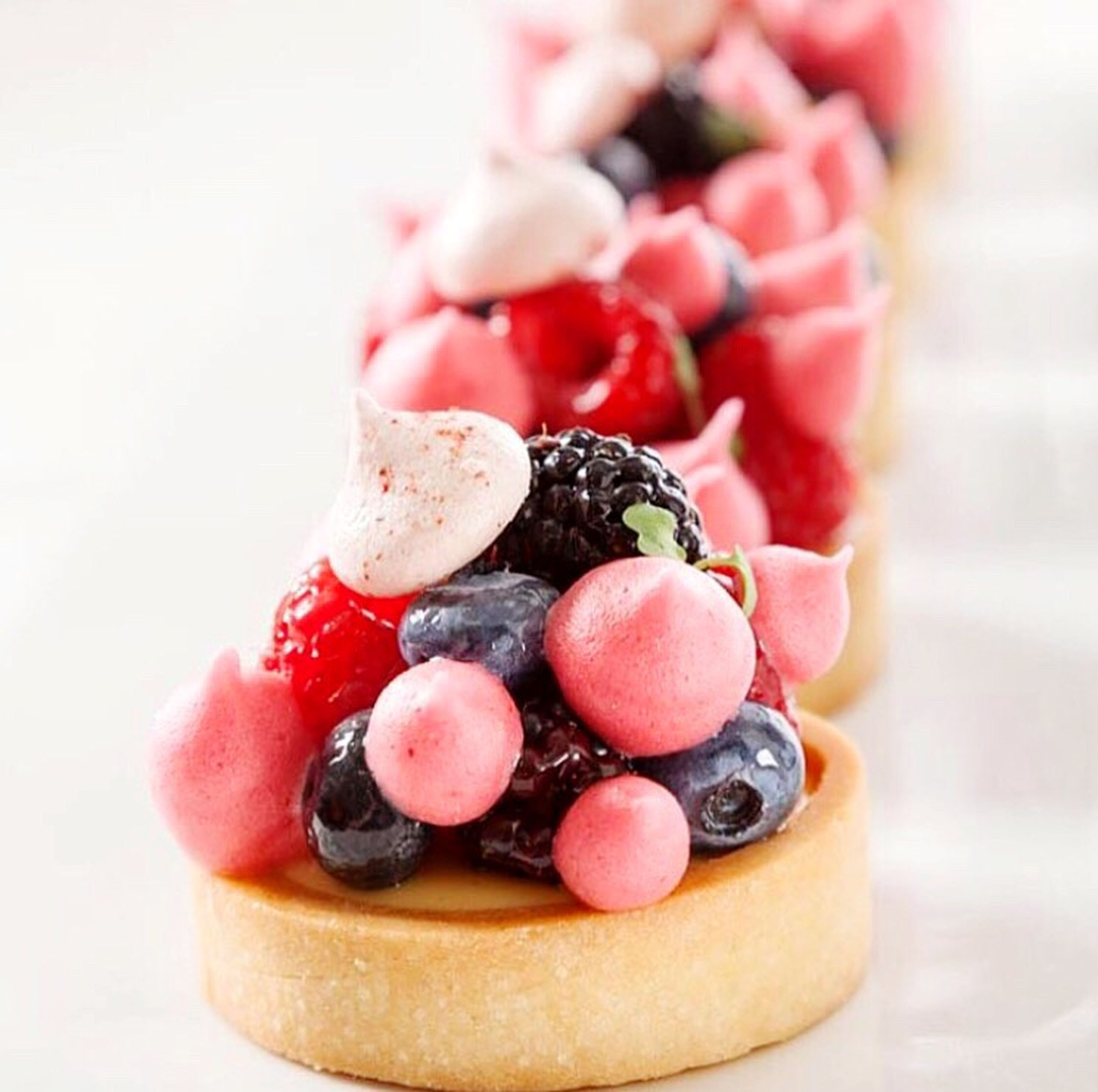 food and drink, food, freshness, indoors, fruit, sweet food, still life, close-up, dessert, indulgence, table, healthy eating, ready-to-eat, blueberry, strawberry, raspberry, temptation, chocolate, cake