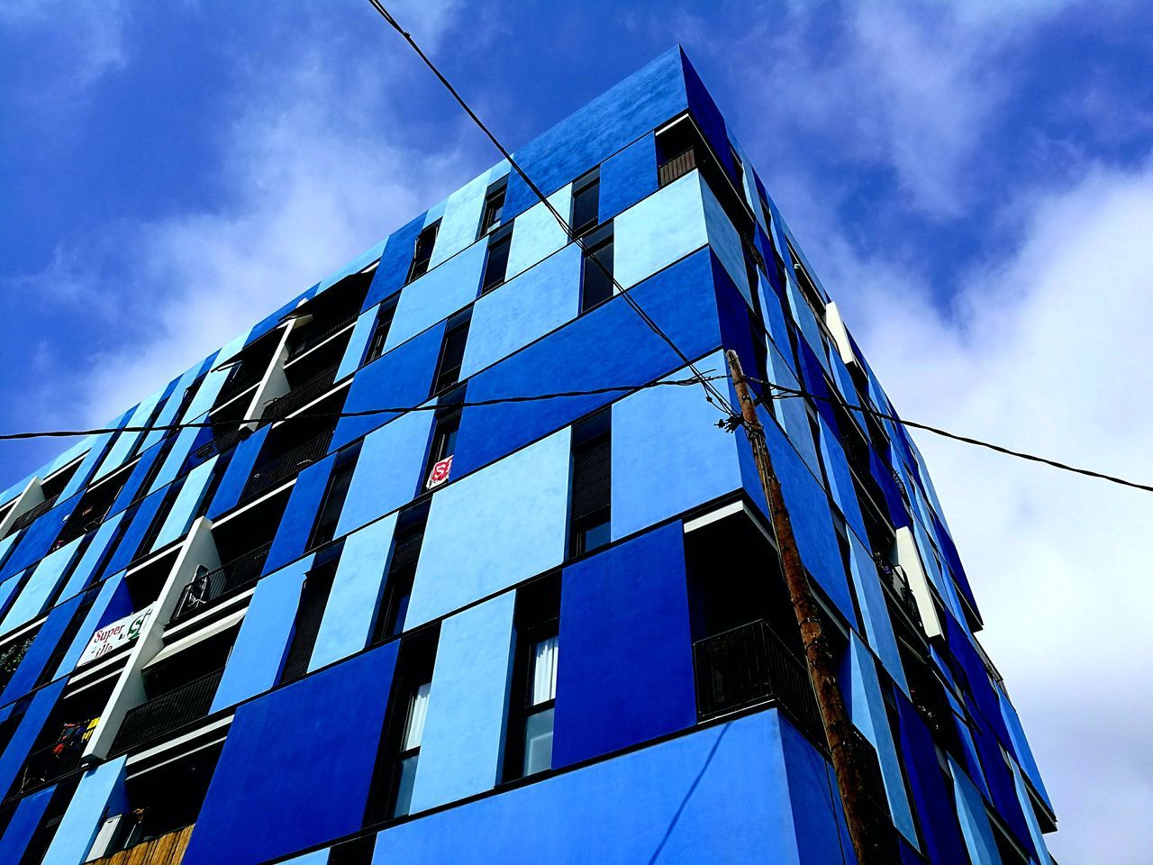 Low Angle View Architecture Built Structure Window Building Exterior Sky No People Technology Corporate Business Modern Day Outdoors City Barcelona Barcelona Streets EyeEm Diversity Art Is Everywhere The Secret Spaces EyeEmNewHere The Architect - 2017 EyeEm Awards