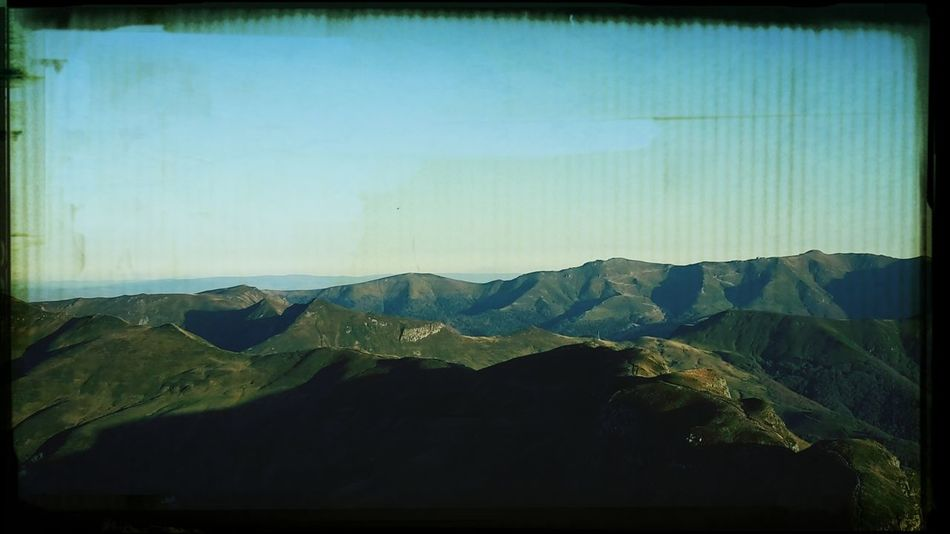 L'auvergne ! (At the top of the hill) ? Relaxing Hello World