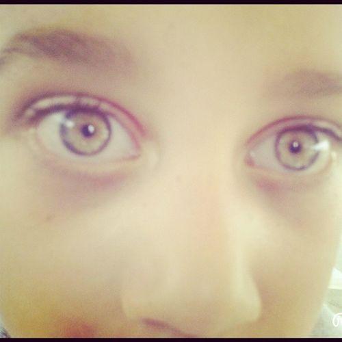 Olhos verdes é de família kk Priminho Vitor
