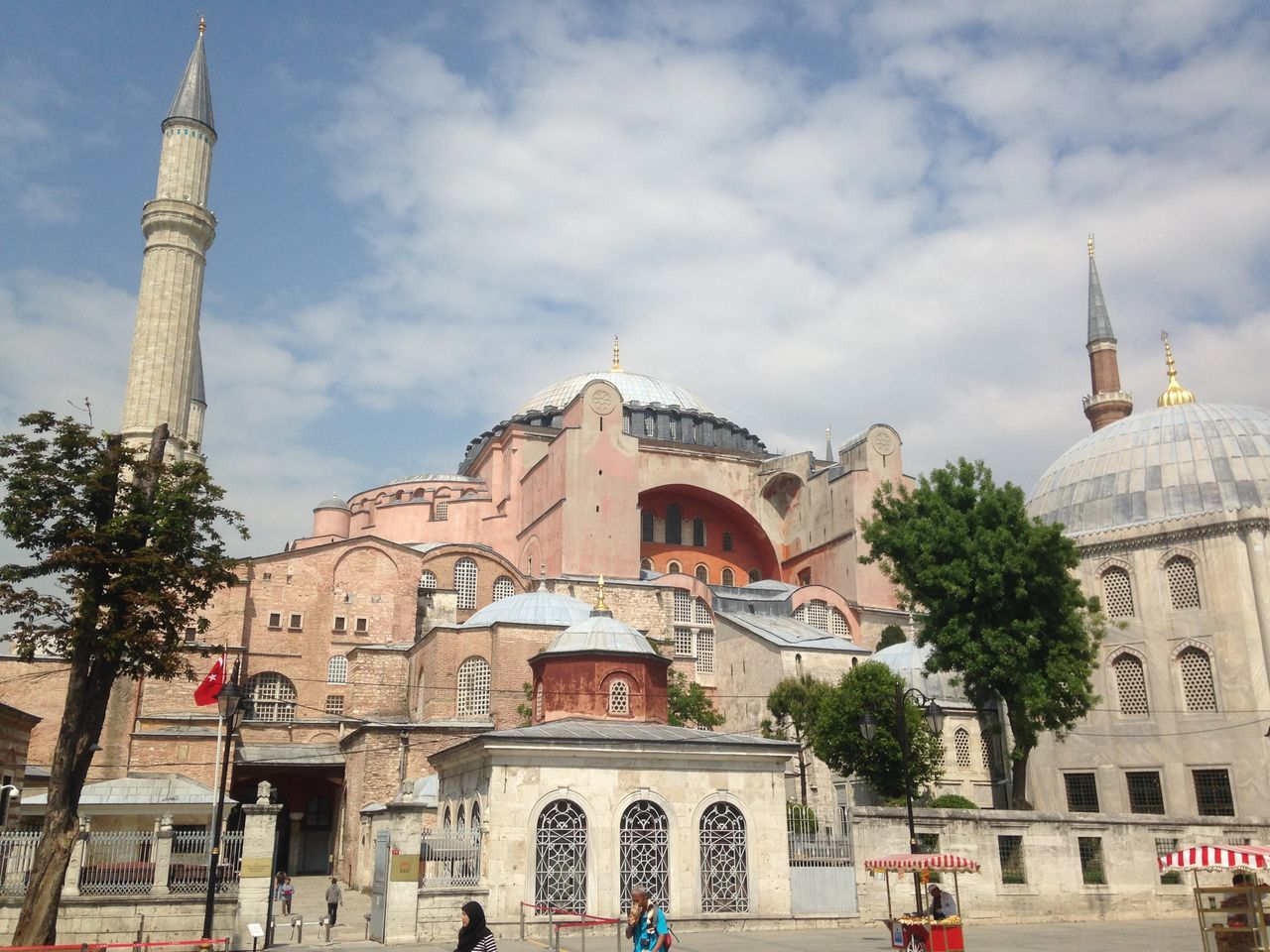 The Rendez-vous of 2 religions Ayasofya Building Exterior Built Structure Cloud - Sky Dome Hagiasophia  Istanbul Istanbul Turkey Outdoors Place Of Worship Religion Sky Travel Destinations