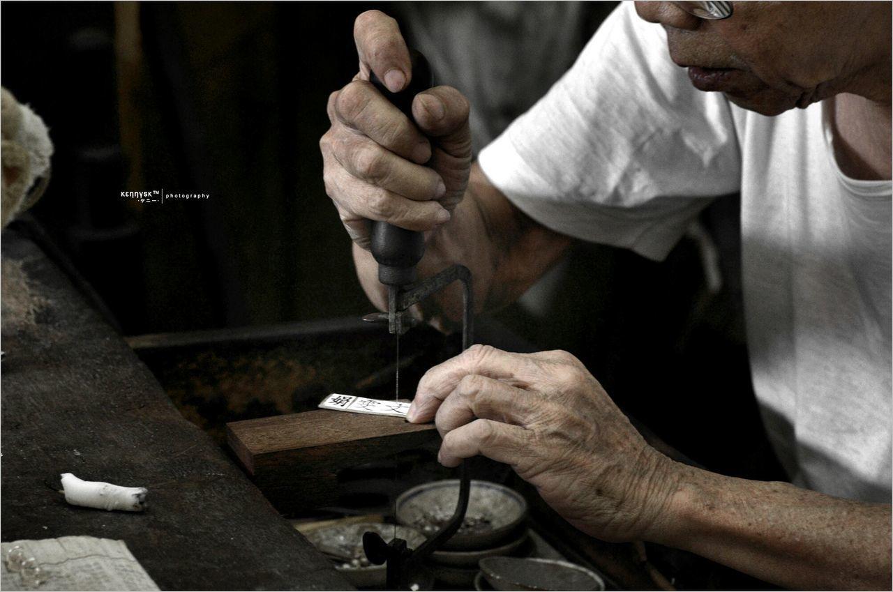 Skillful silversmith Getting Inspired Popular Photos Hands At Work Craftsmanship  EyeEm Best Edits Darkness And Light Street Photography K.u.n.c.u.n.l.u Silversmith My Best Photo 2014