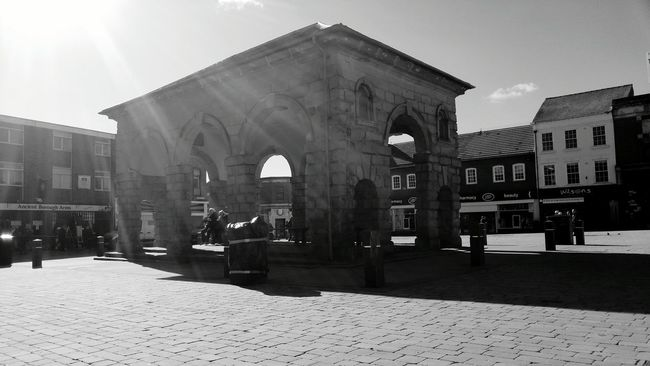 Butter cross in Pontefract town centre Pontefract Structure Structure Photography Architecture Architecture_bw Blackandwhite Blackandwhite Photography Black And White Photography Check This Out Simplicity Timless