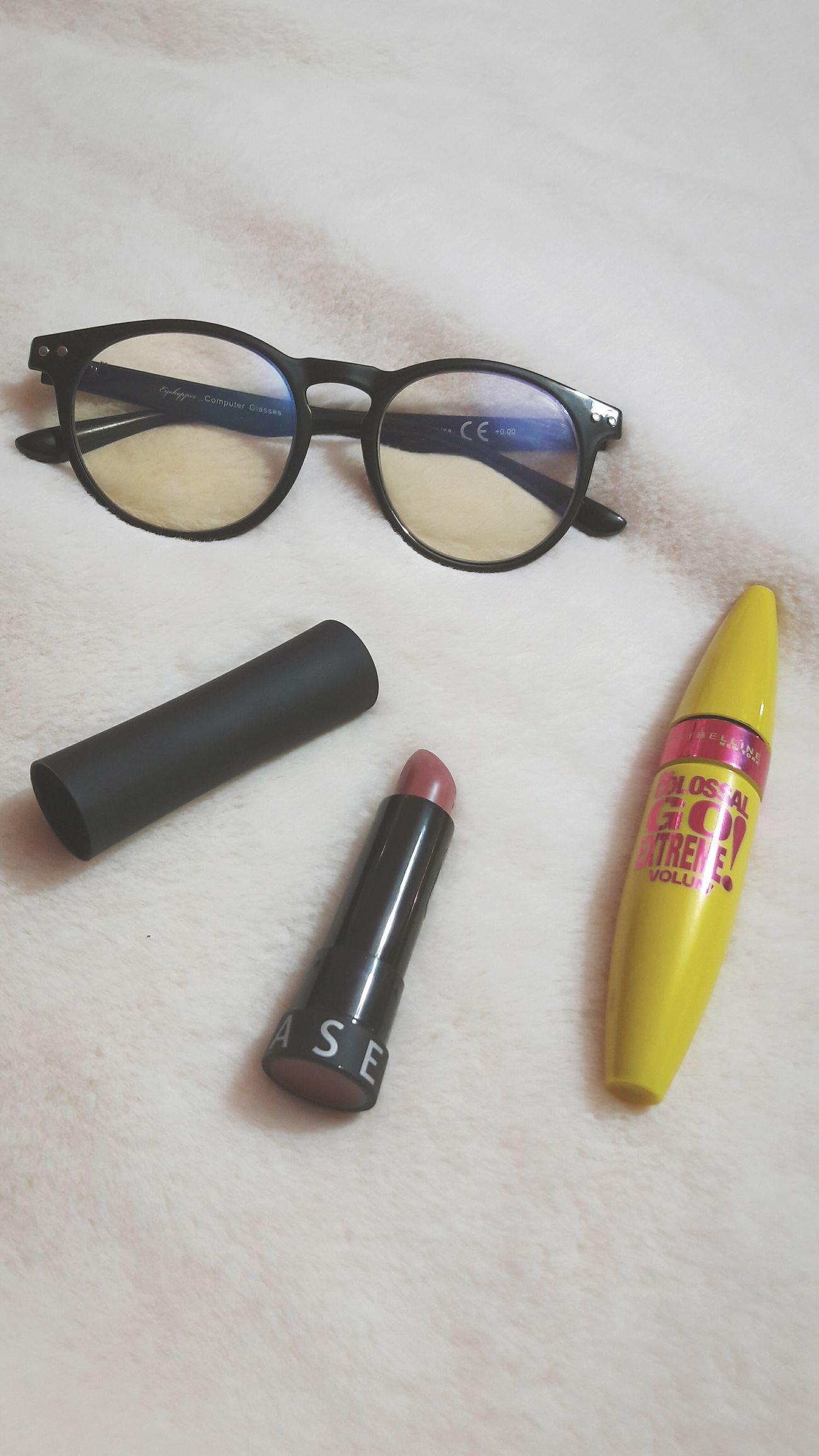 Makeup ❣💄 Studio Shot Equipment No People Close-up Work Tool White Background Indoors  Makeup Makeupartist Lipstick Glasses Cover Eyes Eyeliner