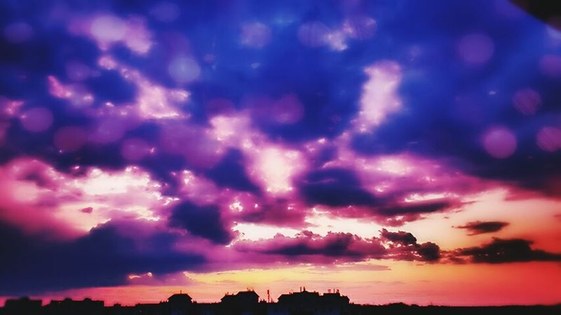 Cloud - Sky Dramatic Sky Sky Storm Cloud Purple Sunset No People Beauty In Nature Scenics Outdoors From Where I Stand Getting Inspired EyeEm Nature Lover Authentic Moments Autumn Darkness And Beauty Sky And Clouds Skyporn