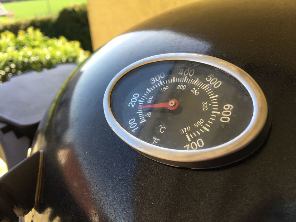 Grill Grill Thermometer Grad Celsius Fahrenheit Outdoors Barbecue BBQ Time BBQ Cooking Grillen Grilled Thermometer Temprature Hot Close-up No People Temperatur Food And Drink