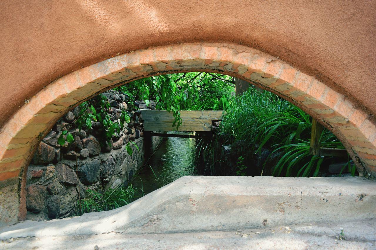Secret Gardens - Canyon Road Architecture Arch Water Nature Outdoors Built Structure Creek Plants 🌱