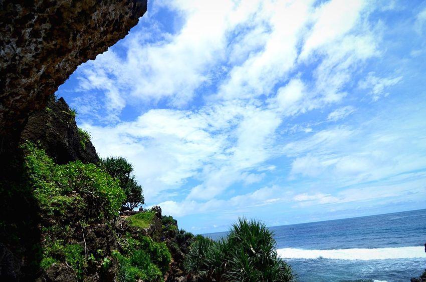 Kontras Pantaikanogoro Gunungkidul Jogja INDONESIA